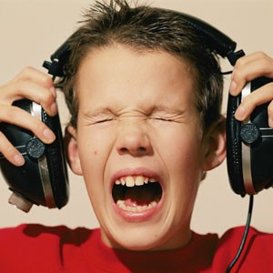 Fones de Ouvido Podem Causar Dano Auditivo